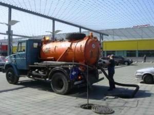 Комплексная прочистка систем канализации и ливнестоков.
